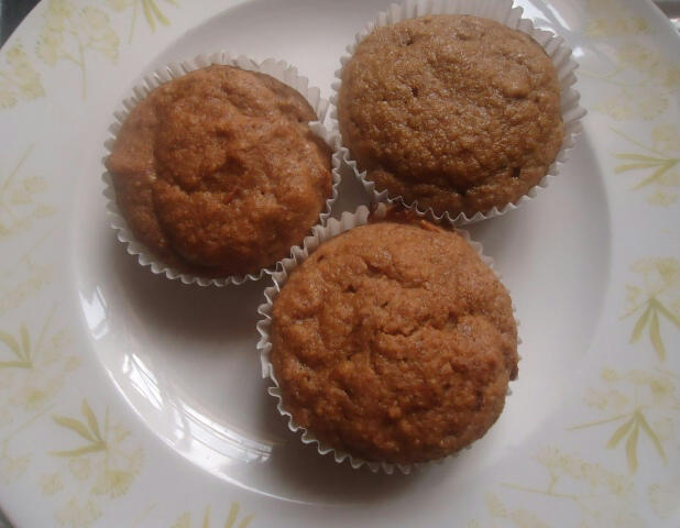 Banana Bread Muffins and an Applesauce