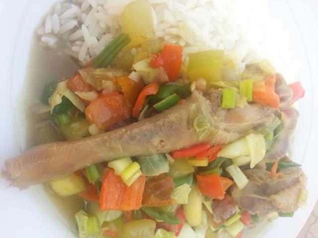 Cooking Chicken in Vegetable Gravy